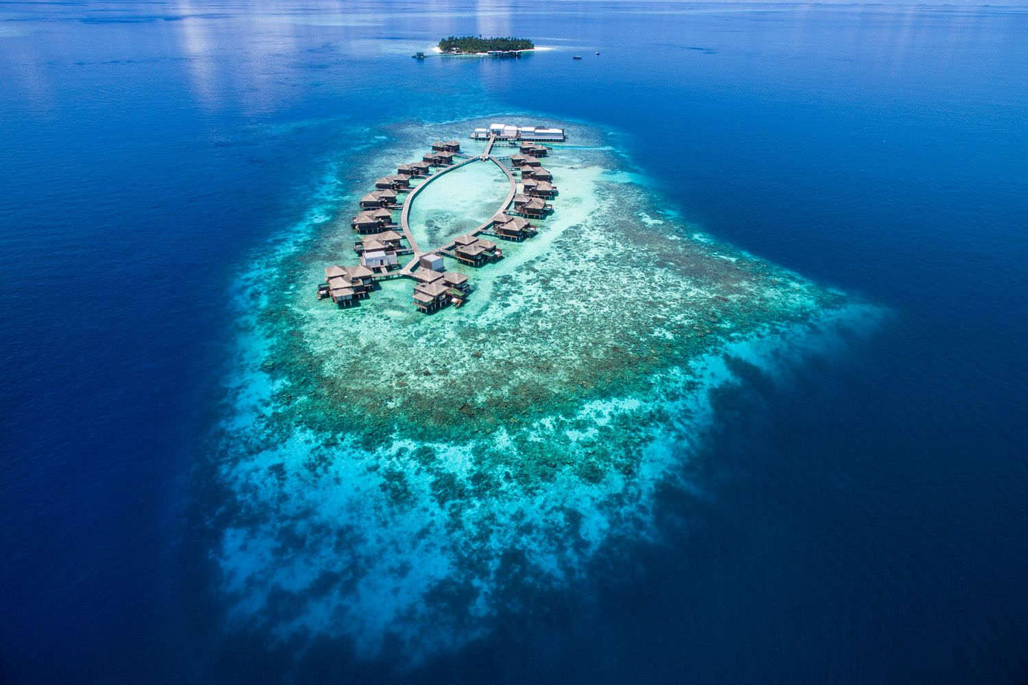 Raffles Opens its First Hotel in the Maldives